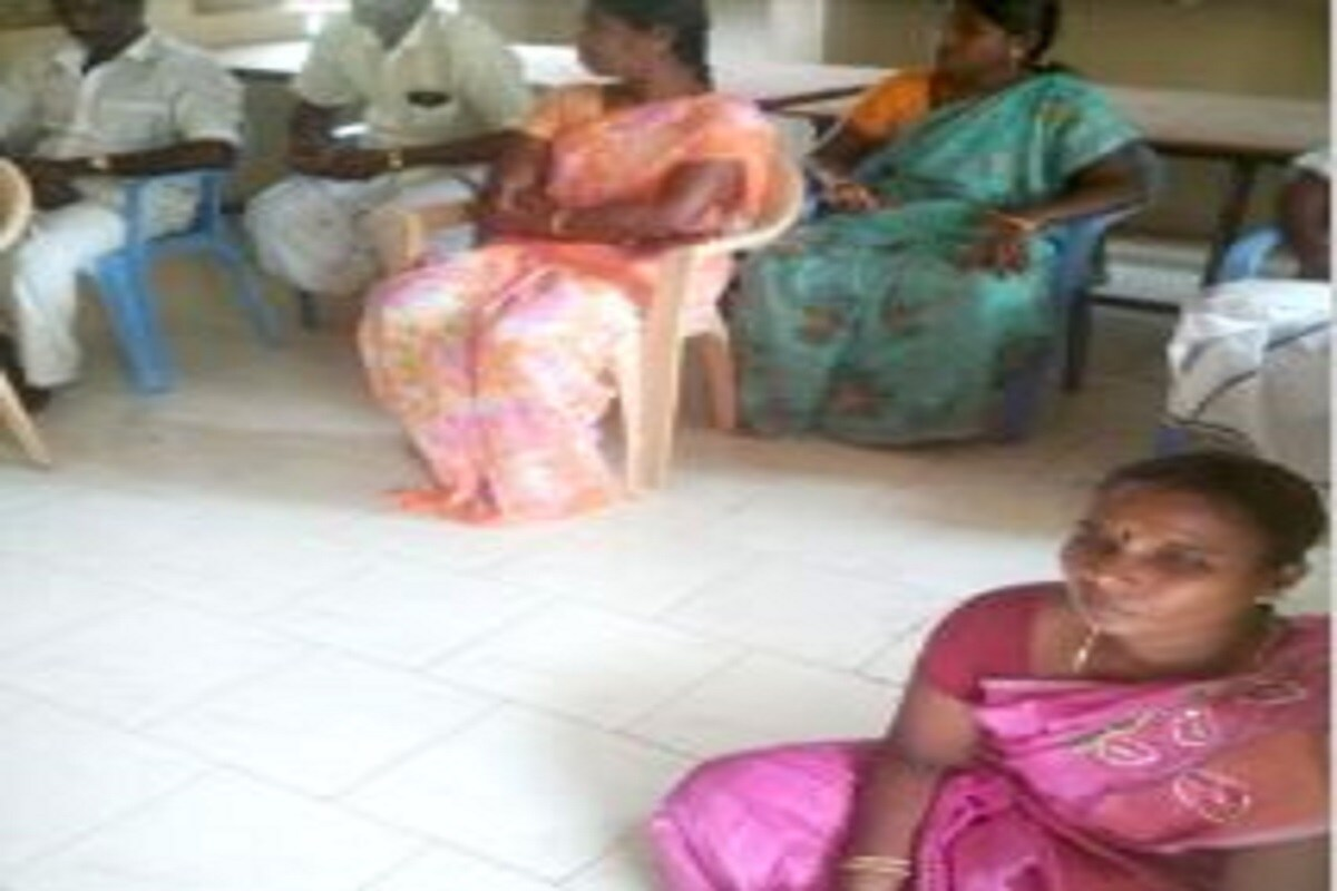 Dalit Panchayat Chief in TN's Cuddalore Forced to Sit on Floor by Vanniyar Board Members; Case Filed -