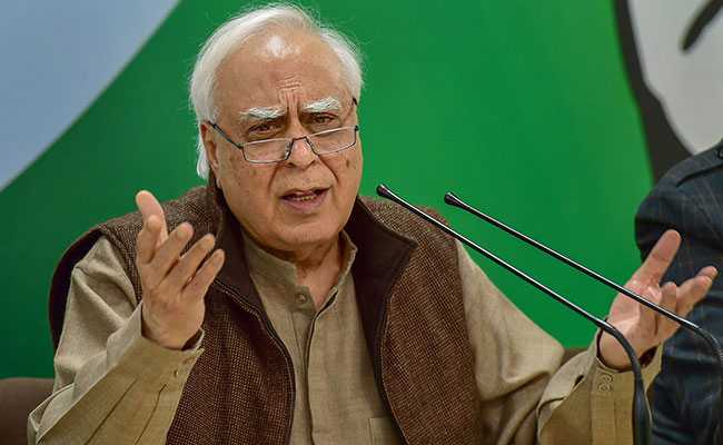 "Kapil Sibal Takes Swipe At Prime Minister Narendra Modi Over Donald Trump's ""Filthy Air"" Remark -"
